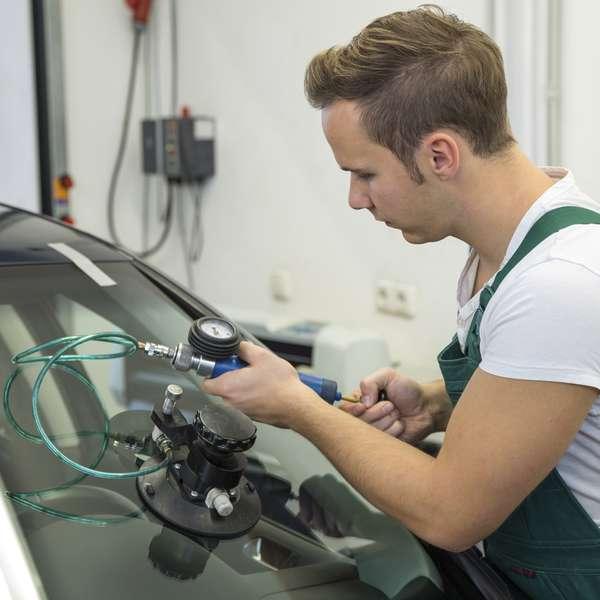 Career Coach Auto Collision Repair Refinish Technician